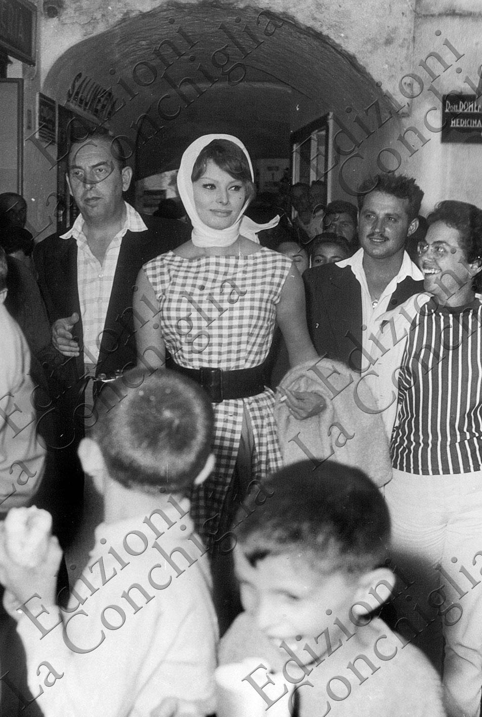 Sophia Loren a Capri, Capri Movies, Frammenti di uno stile, Fragments of style, Vita Dolce Vita, Edizioni La Conchiglia Capri.