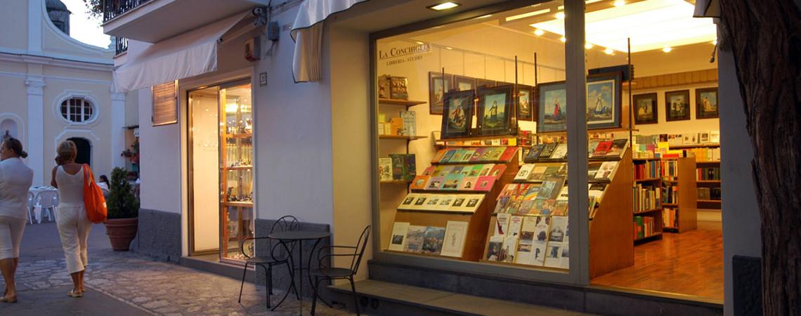 Libreria La Conchiglia, via Orlandi, 205 - 80071 Anacapri